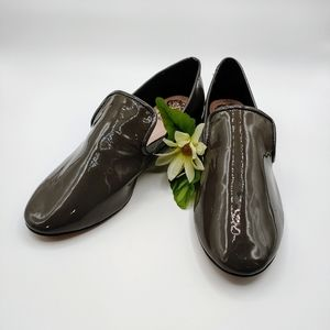 Vince Camuto patent loafers Sz 4.5